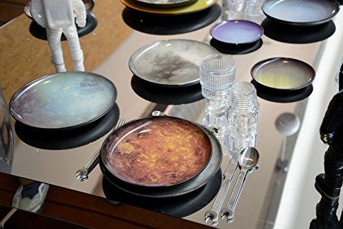 Pinggan makan malam Pluto dihiasi Diesel hidup dengan Seletti Diesel Creative pasukan 3