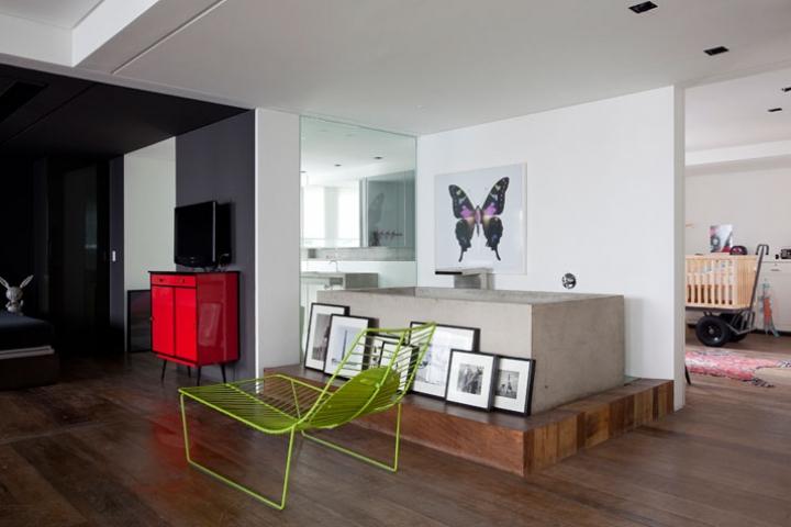 Houssein-Apartamento-por-Tríptico-foto-de-Fran-Parente-Yatzer-23