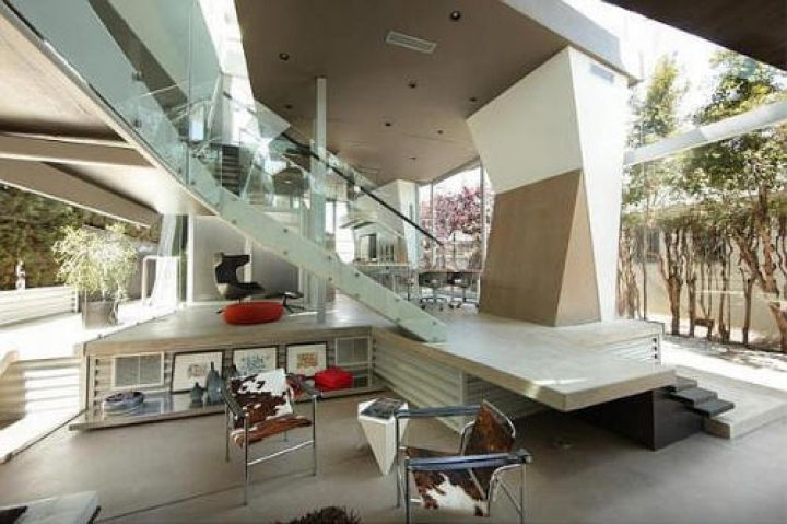 Venice-Beach-Residence-by-Anthony-Coscia-Stairs-and-Levels