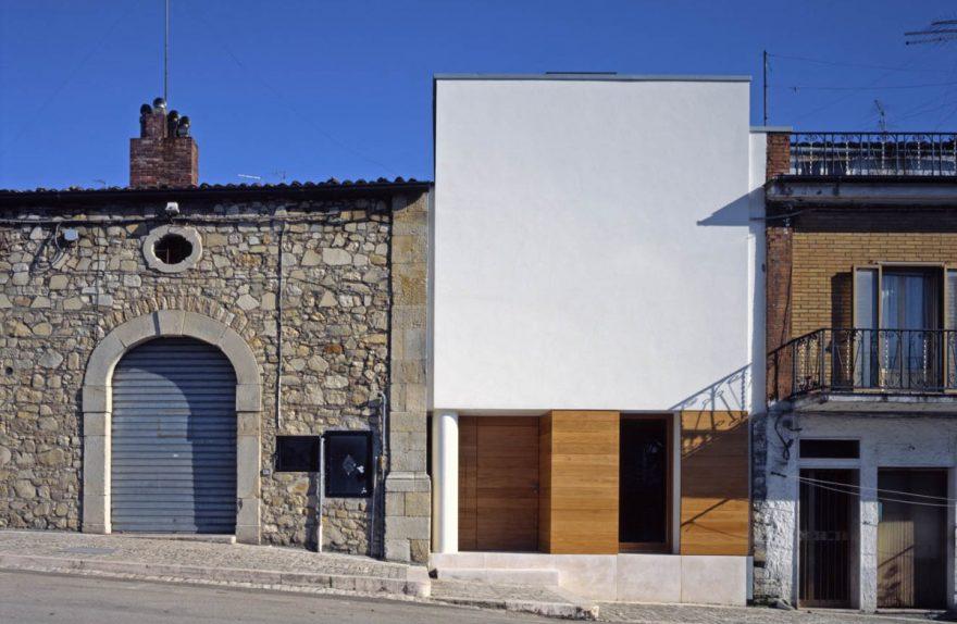 Raimondo Guidacci δύο σπίτια