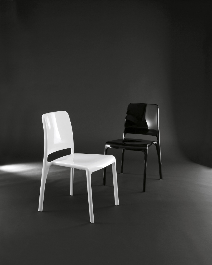 OZZIO_Design _-_ sedia_HOLE.2