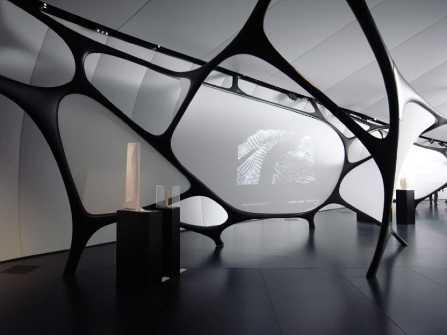 Mobile Art Pabellón 10 de Zaha Hadid
