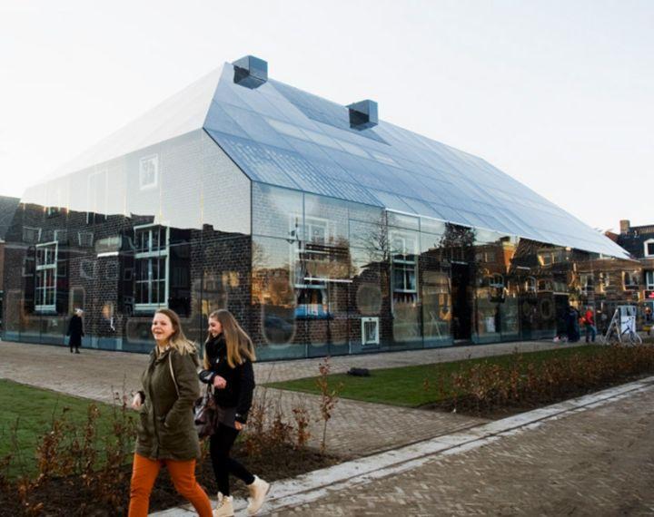 mvrdv Glas Bauernhof in den Niederlanden 02