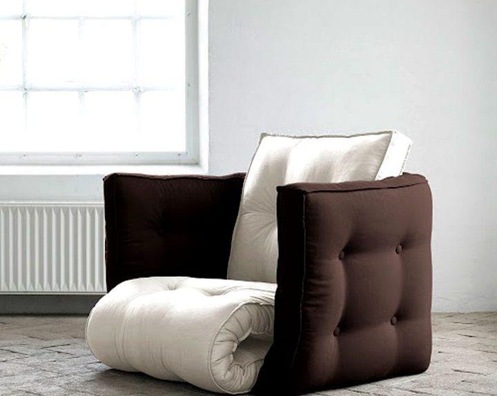 Chaise cubique fermé