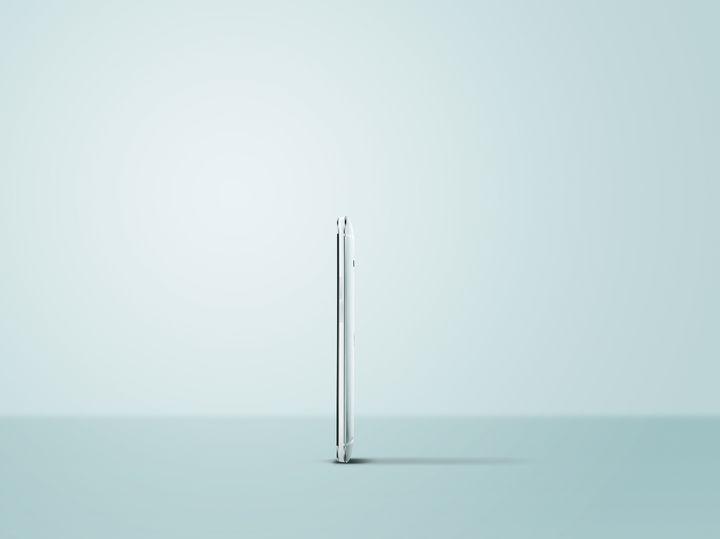 HTC One prata Side Master Photo