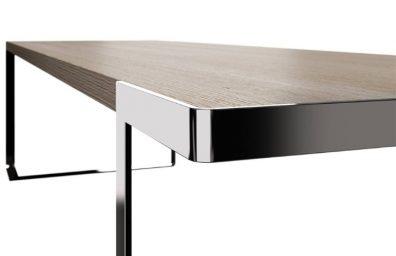 Table tred monica armani for boyfriend