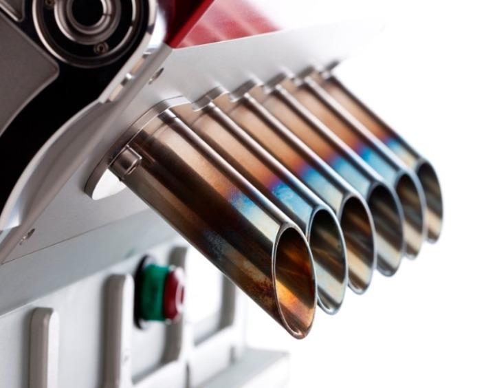 referências máquina V12-espresso-grand-prix-motores-designboom-07