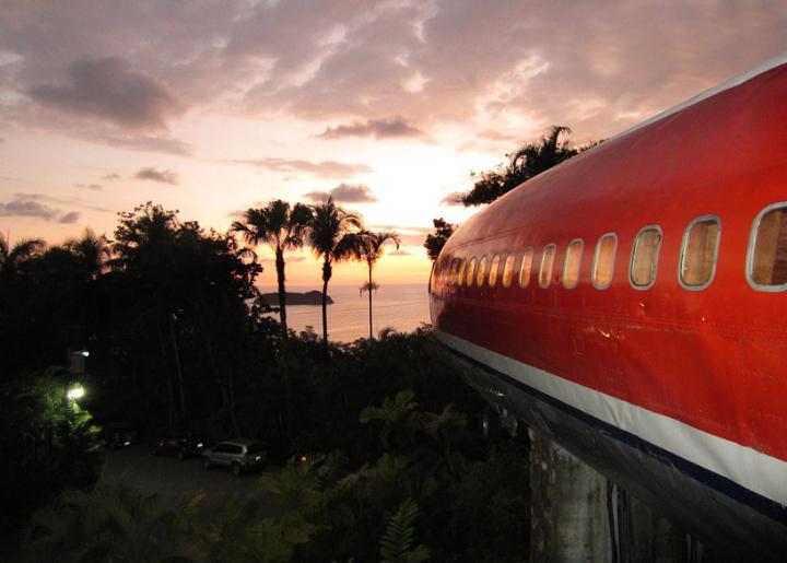 boeing-727 transforma-en suites en Costa Rica Social Design Magazine-06