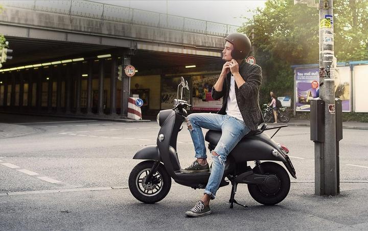 unu e-scooter Social Design Magazine-01