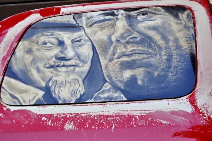 βρώμικο τέχνη αυτοκίνητο socialdesignmagazine02