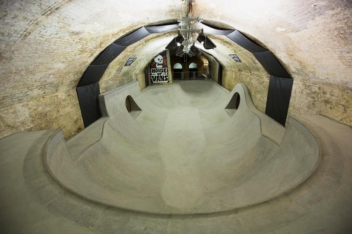 house of vans indoor skatepark-08