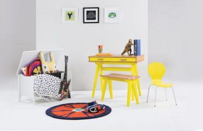Mini Stroller Desk Oak Lifestyle