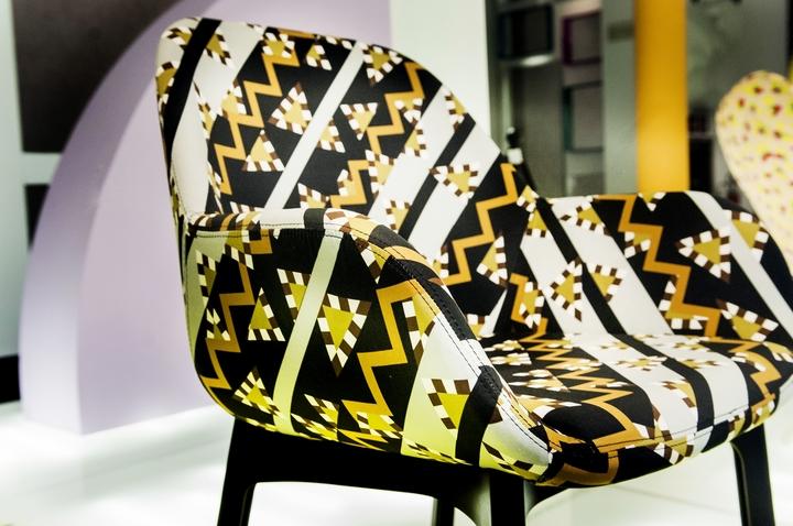カルテルは、ソットサスソーシャルデザイン雑誌を行く20
