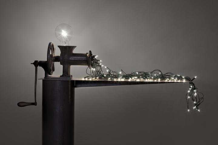 CS machine that produces small bulbs