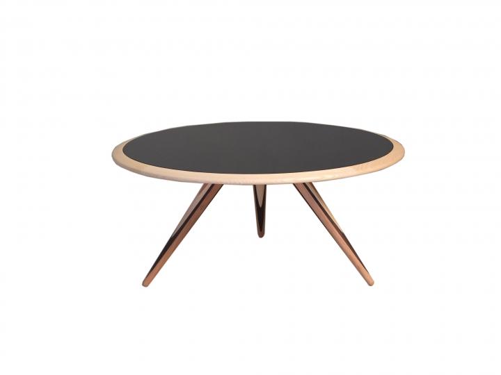 5610 01 table Carambola