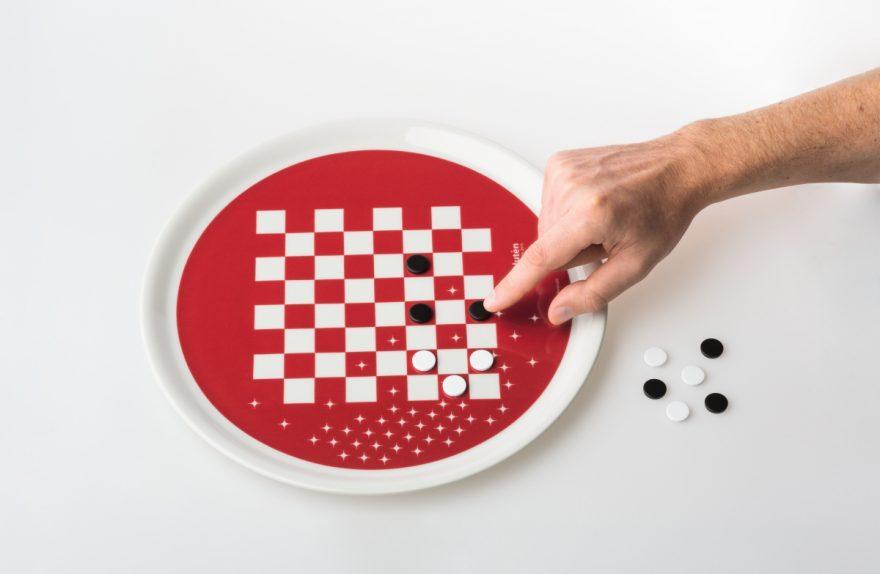 """πλάκα-gadget σχεδιασμός """"Eat & Play"""" Paolo Benevelli"""