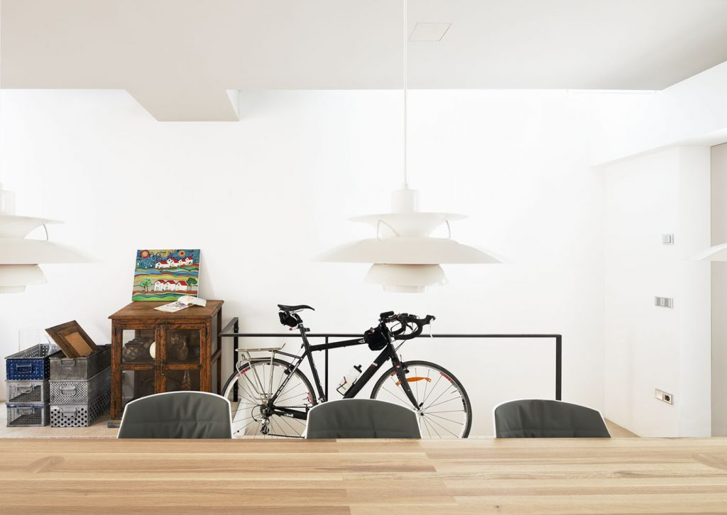 Westway Achitects vertikale Dachboden, Essbereich