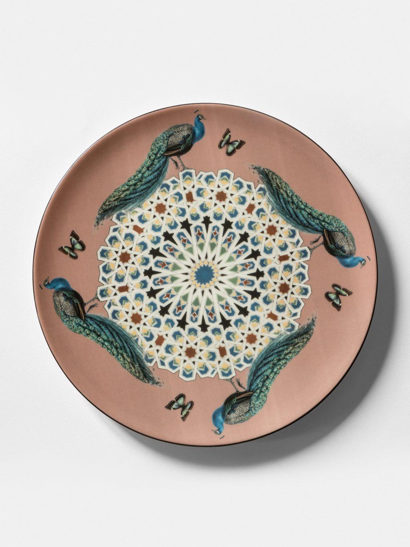 Costantinopoli, collezione di piatti by Vito Nesta, pavoni