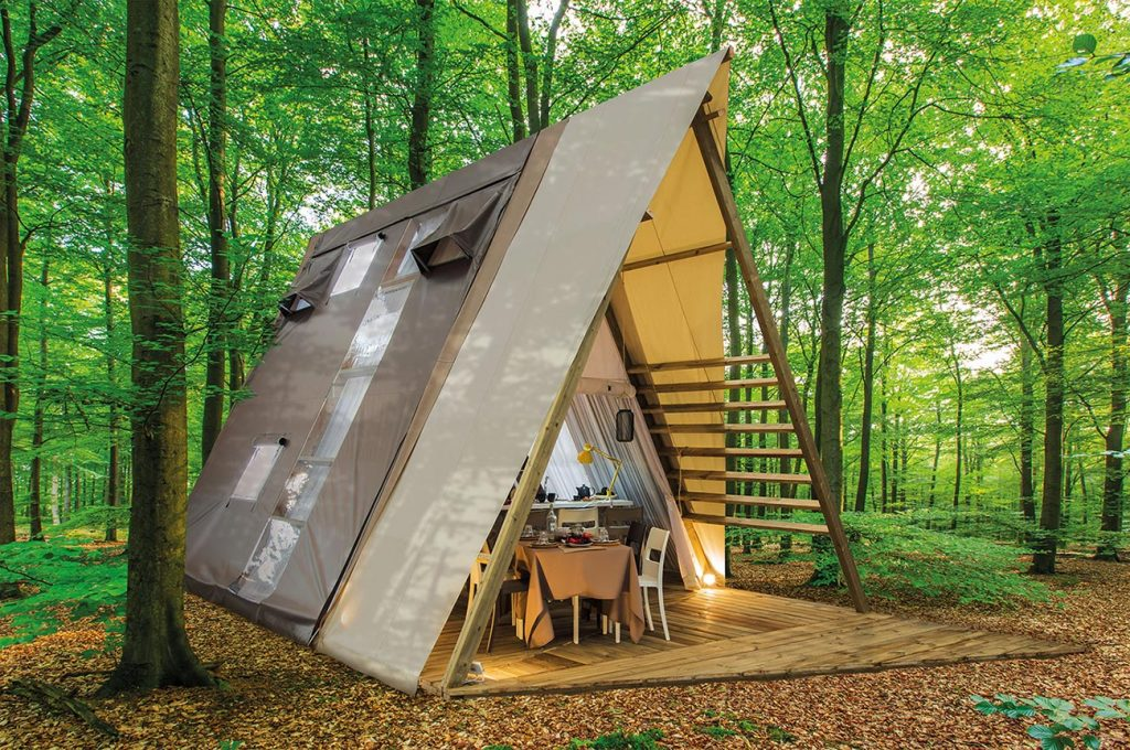 crippaconcept A Lodge glamping tent