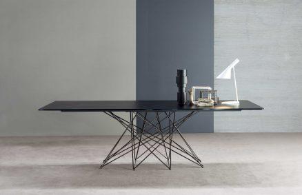 Bartoli Design、オクタテーブルBonaldo